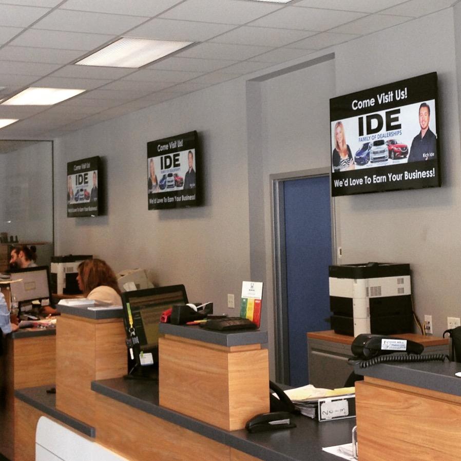 Digital Signage, digital welcome sign, car dealership digital signage, welcome signage