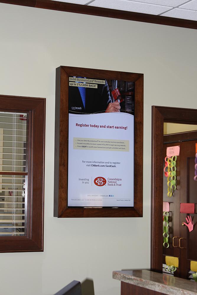 bank digital signage, banking digital signage, digital signage