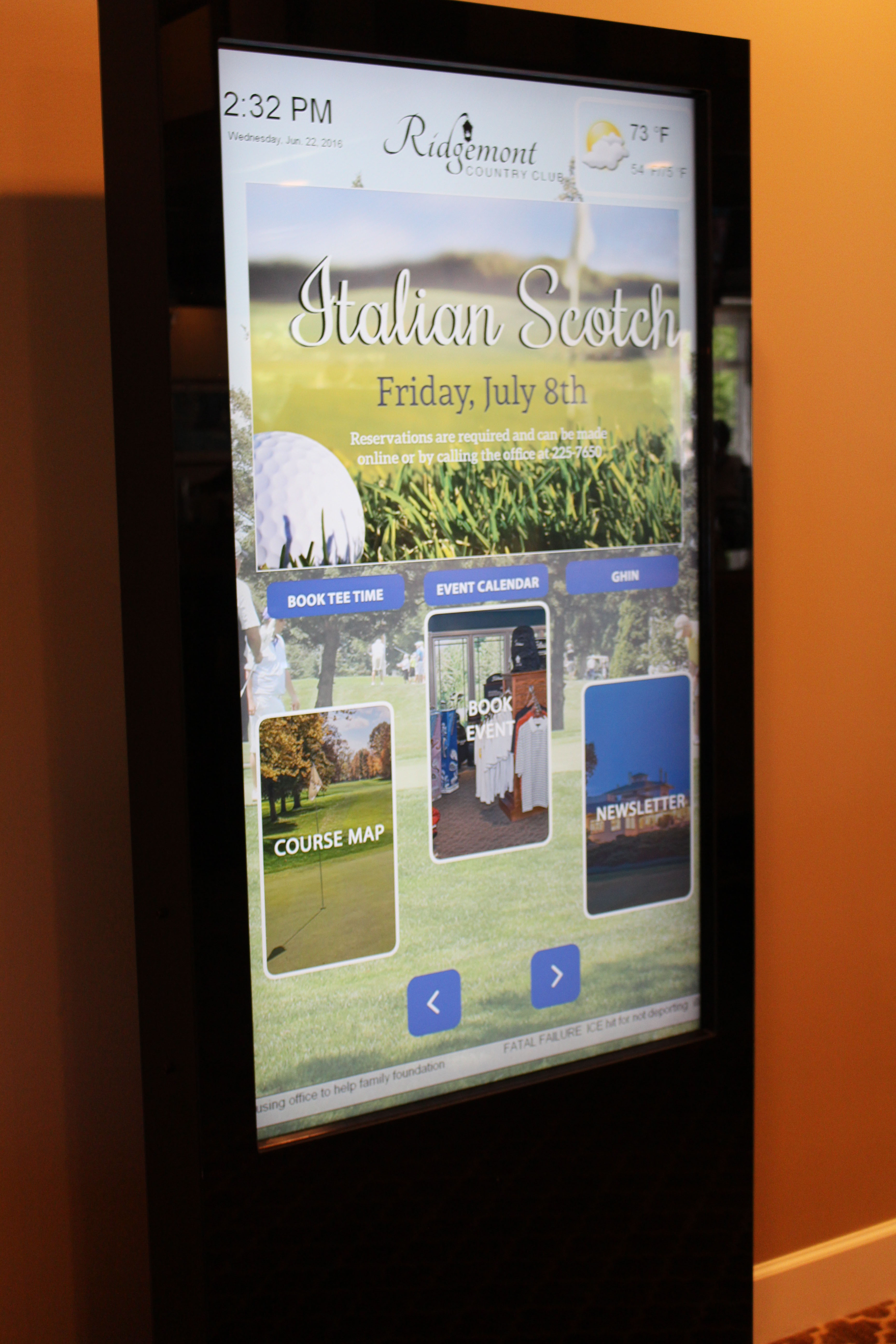 Country Club Digital Signage, country club interactive kiosk, interactive kiosk, touchscreen kiosk for country club