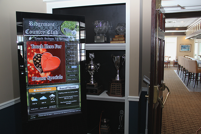 Country Club Digital Signage, interactive kiosk, country club kiosk, country club signage