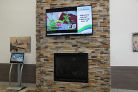 Quicklees Travel Center - TV solution with Digital Signage
