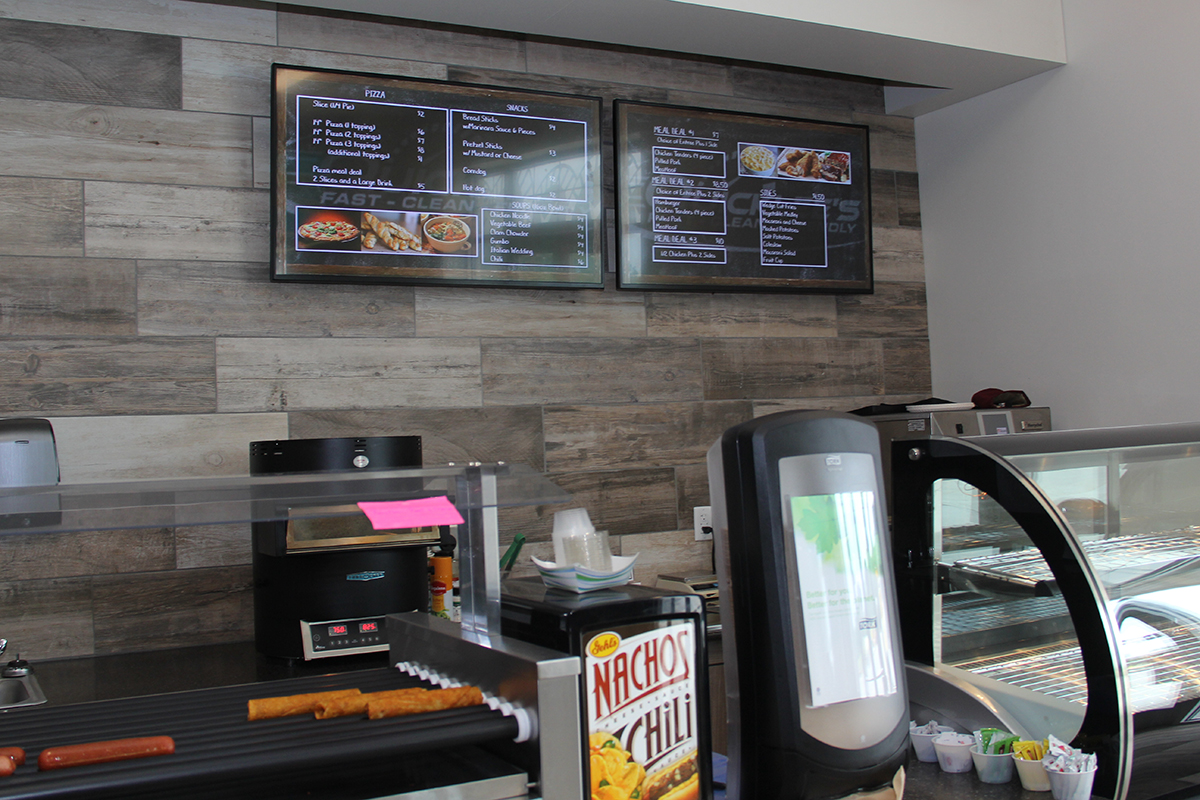 Quicklees Travel Center - Digital Menu Boards